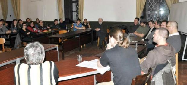 vallaskozi párbeszéd Veszprémben az esti egyetemen